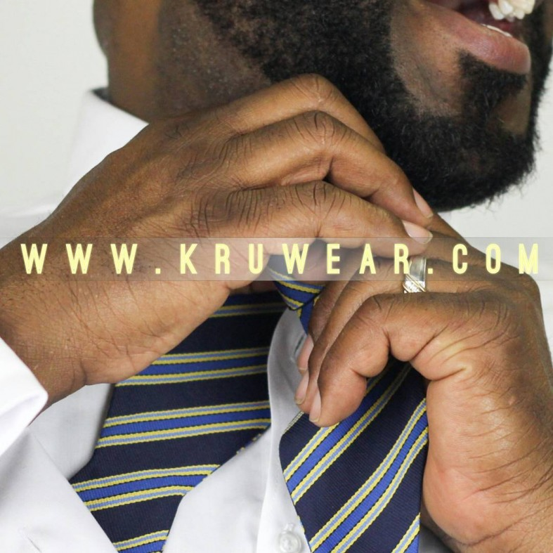 #JoinTheKru Free US Shipping #JoinTheKru #menswear #fashionblogger #bowtie #necktie #Liberia #african #Chicago #photographer @visualsbyzuria