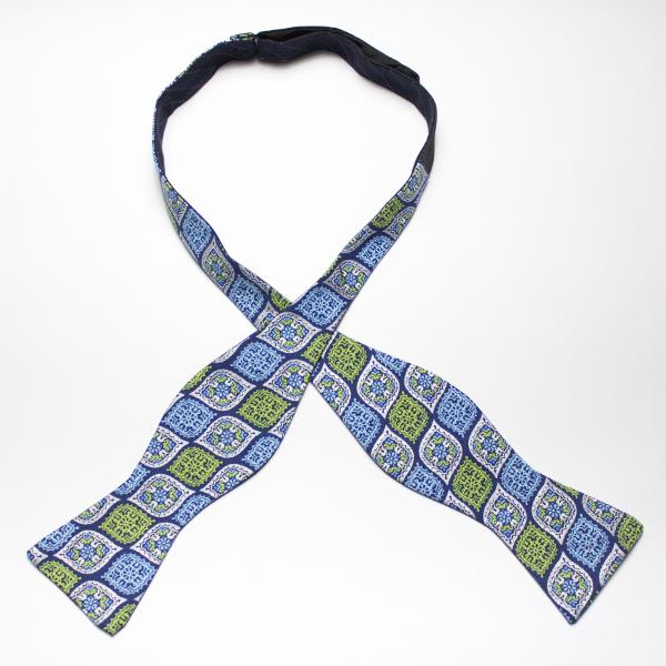 Kruwear reversible self-tied bow tie