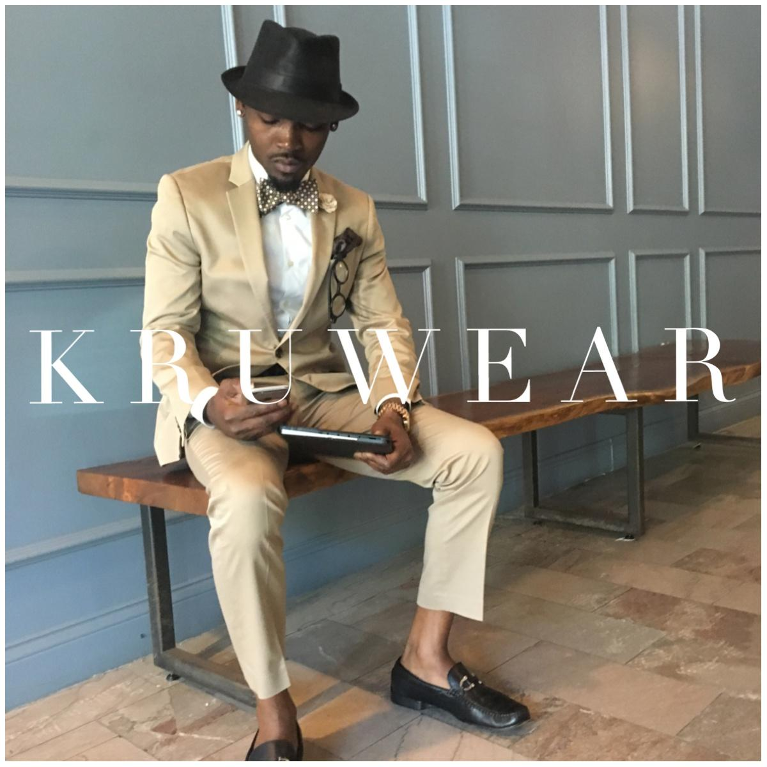 kruwear-menswear-chicago-bow-tie-necktie-pocket-square