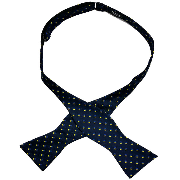 Self-tied bow ties by Chicago-based Kruwear
