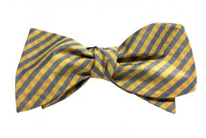 Chicago-based Kruwear self-tied bow tie
